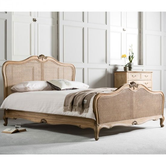 Chic Wooden King Size Bed In Weathered