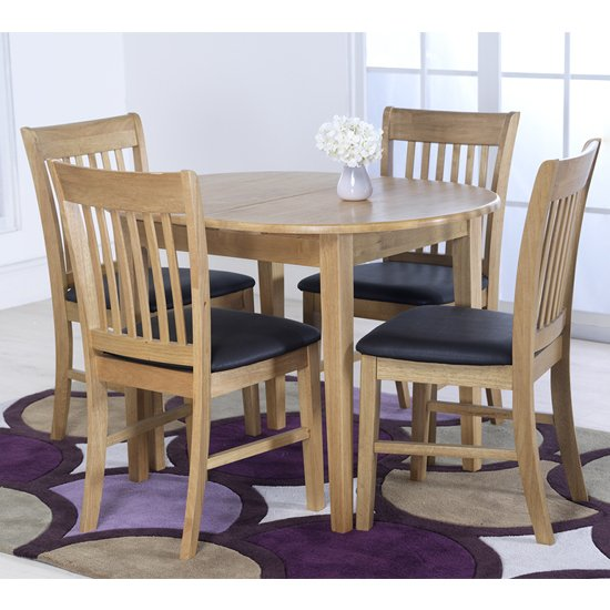 Clesion Extending Dining Table In Natural With 4 Chairs