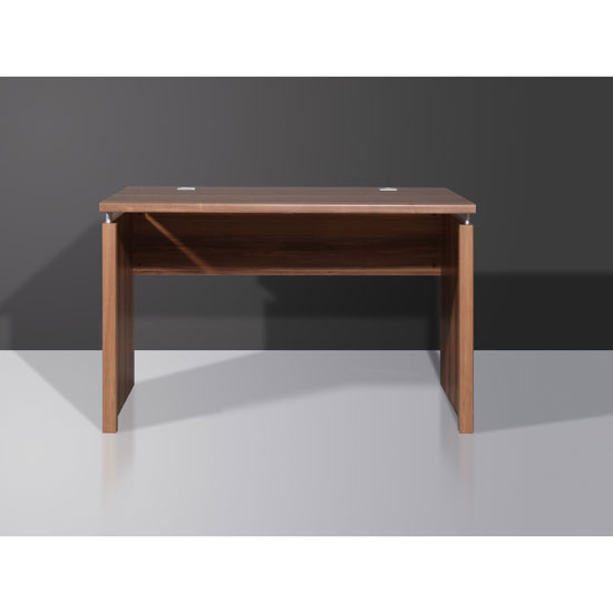 Computer table makes full use of your space • Modern Computer desk