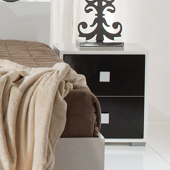 Dafne Wooden Bedside Table In White And Black Gloss Lacquer_1