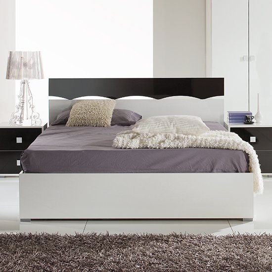 Dafne Wooden Double Bed In White And Black Gloss Lacquer