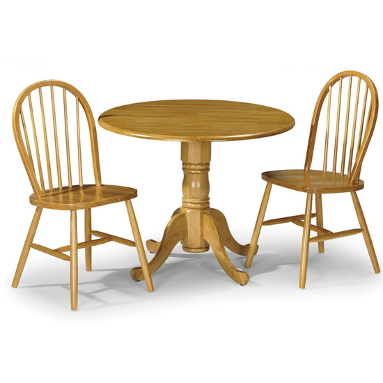 Dundee Round Dining Set In Honey Lacquer With 2 Chairs