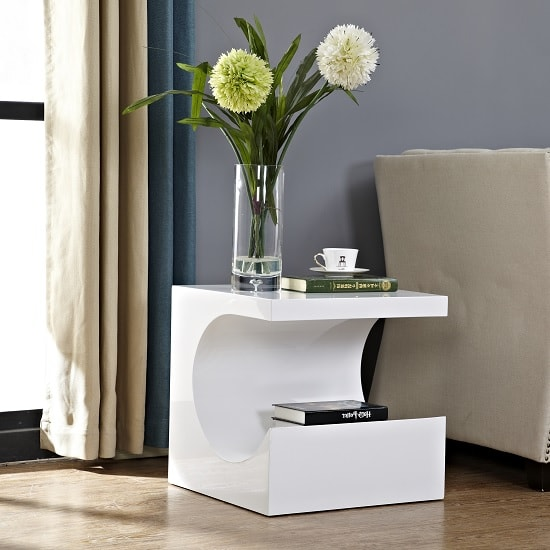 Figure Modern Side Table In White High Gloss_2