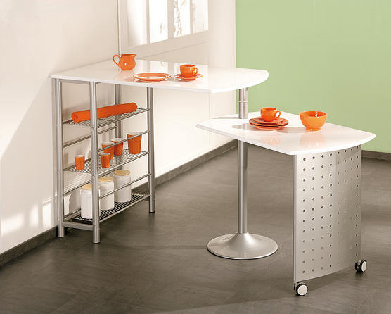 Filamento Bar Pivoting Table In White With Storage And Castors