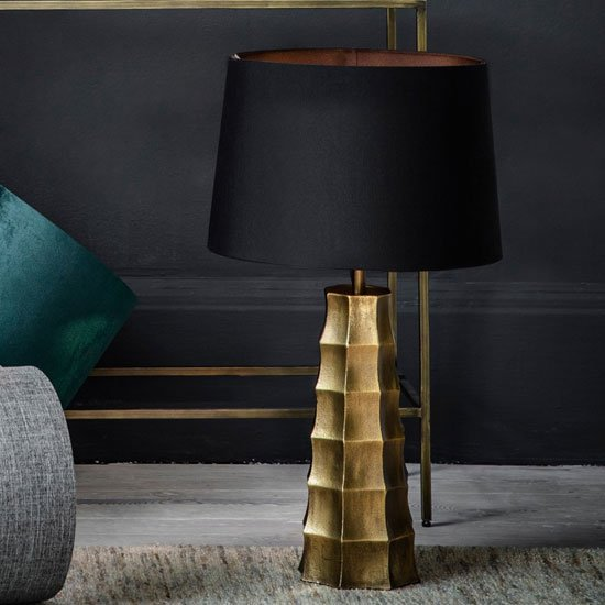 Hadlock Table Lamp In Antique Brass_1