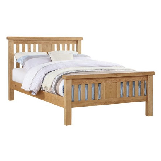 Product photograph showing Heaton Wooden King Size Bed In Oak