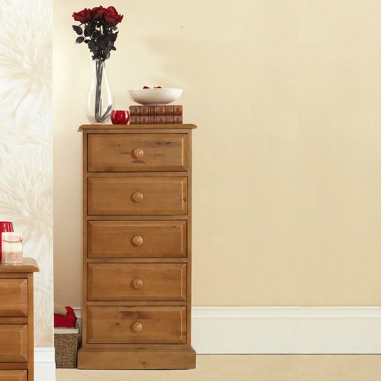 Product photograph showing Herndon Wooden Tall Chest Of Drawers In Lacquered With 5 Drawers