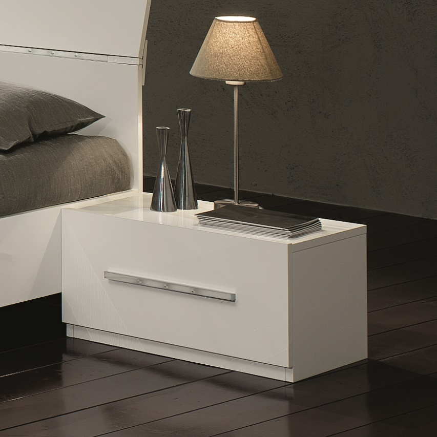 Hilton Low Bedside Cabinet In White High Gloss With 1 Drawer