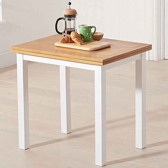 Hikaro Extending Wooden Dining Table In Light Oak And White