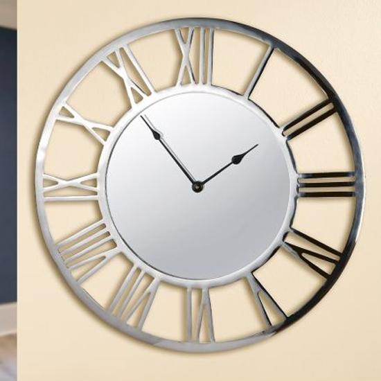Livello Aluminium Wall Clock With Silver Frame