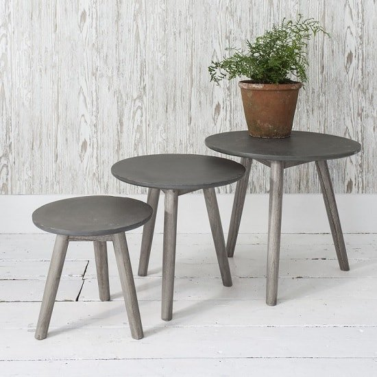 Livingno Set of 3 Nest Of Tables In Concrete With Wooden Legs