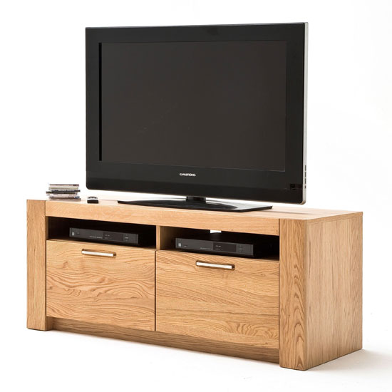 Loano Wooden Small TV Unit In Wild Oak