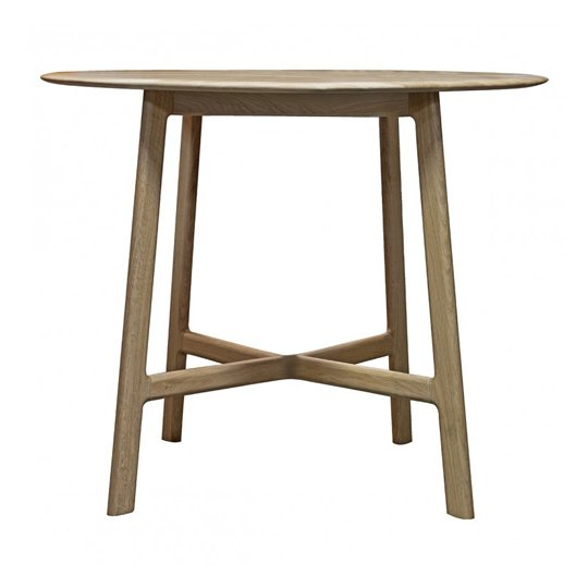 Madrid Wooden Curved Edge Round Dining Table In Oak