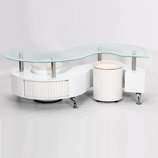 Mantis Glass Coffee Table In White High Gloss With 2 Stools