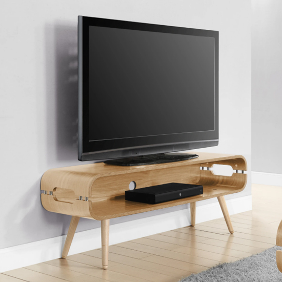 Marin Wide Wooden TV Stand In Oak With Spindle Shape Legs