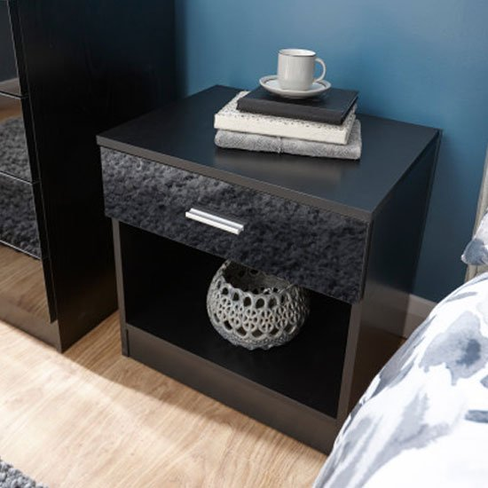 'Melbourne Wooden Bedside Cabinet In High Gloss Black