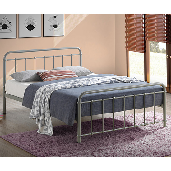 Miami Victorian Style Metal King Size Bed In Pebble