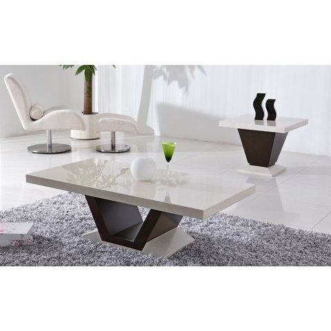 Marble dining table and chairs furniture in fashion for Furniture in fashion
