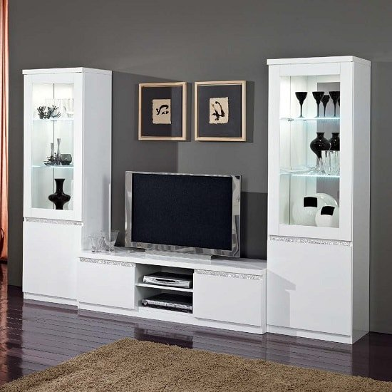 Regal Living Set In White And Gloss Lacquer Crystal Details LED