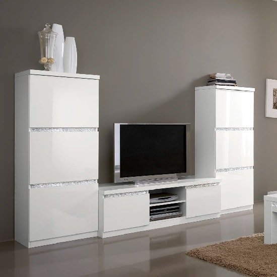 Regal Living Set 1 In White With Gloss Lacquer Crystal Details
