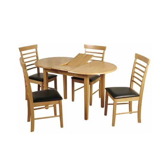 Rivero extending dining table in light oak with 4 chairs for Light oak dining furniture