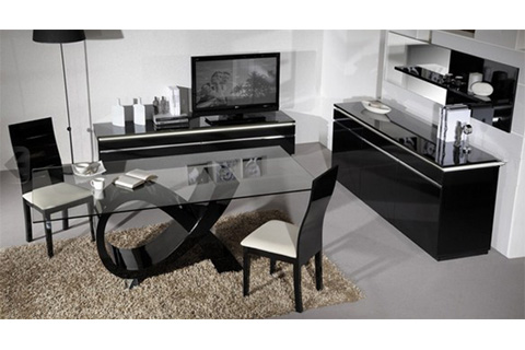 Elisa Glass Dining Table In Clear With High Gloss Black Base