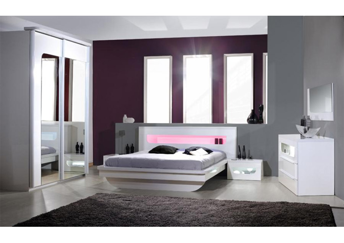 Pulse High Gloss Eu Double Bed In White With Led Lighting