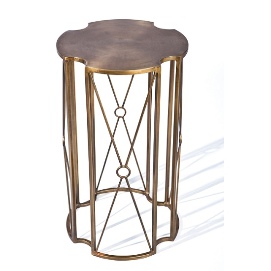 Read more about Royal vintage occassional table in brass finish