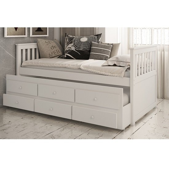 Ryegate Wooden Pull Out Trundle Day Bed In White Finish