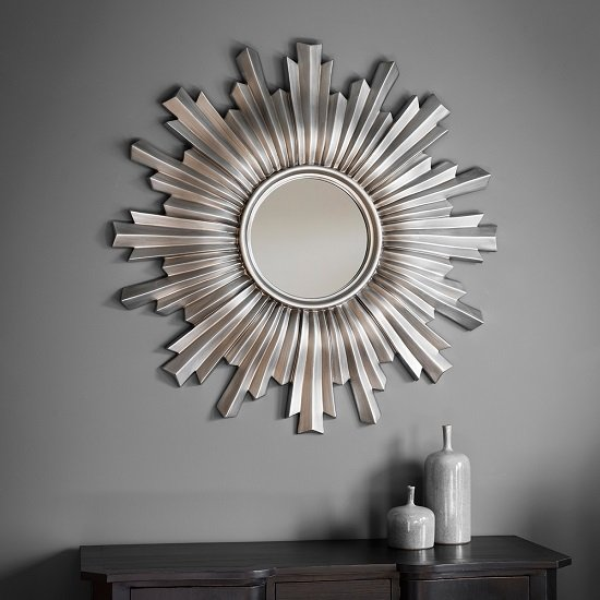 Safari Decorative Wall Mirror Round In Silver