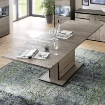 Seattle Extendable Dining Table In Knotty Oak And Metal Accents_2