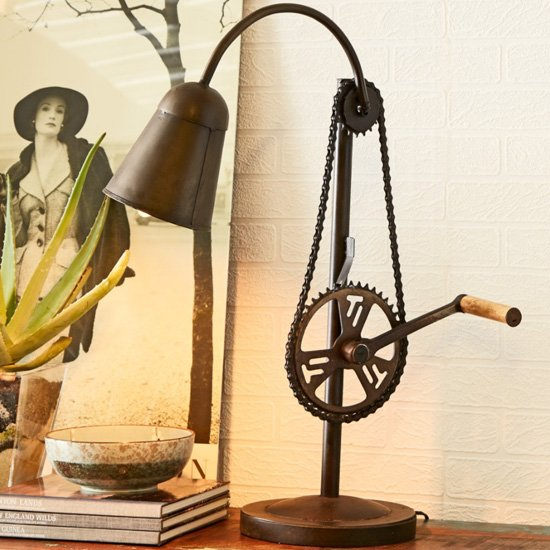 Secundus Cycle Chain Stand Table Lamp