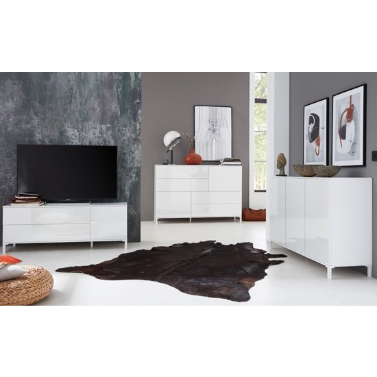 Sheldon Living Room Furniture Set In White High Gloss