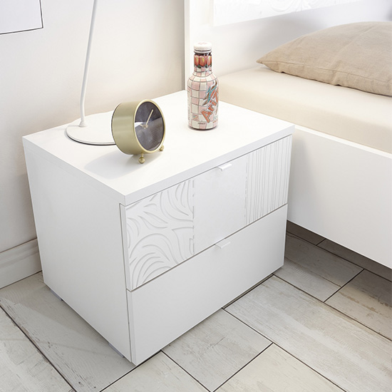 Soxa 2 Drawers Serigraphed White Wooden Nightstands In Pair_2
