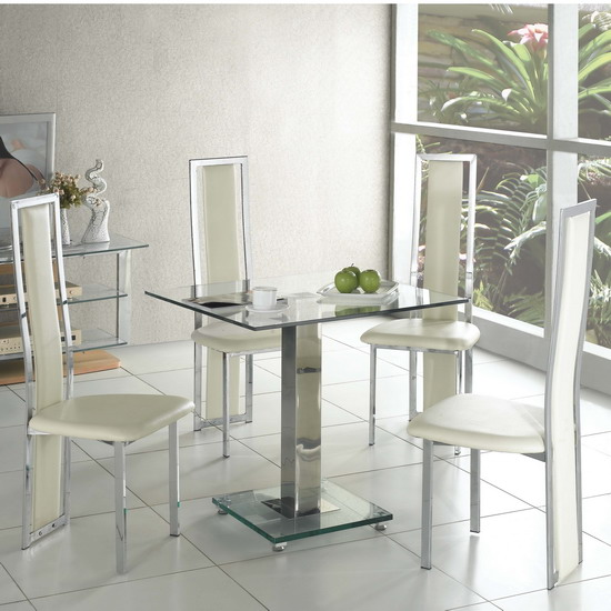 square dining table2 - Tips For Choosing the Most Appropriate Dining Table and Dining Chairs
