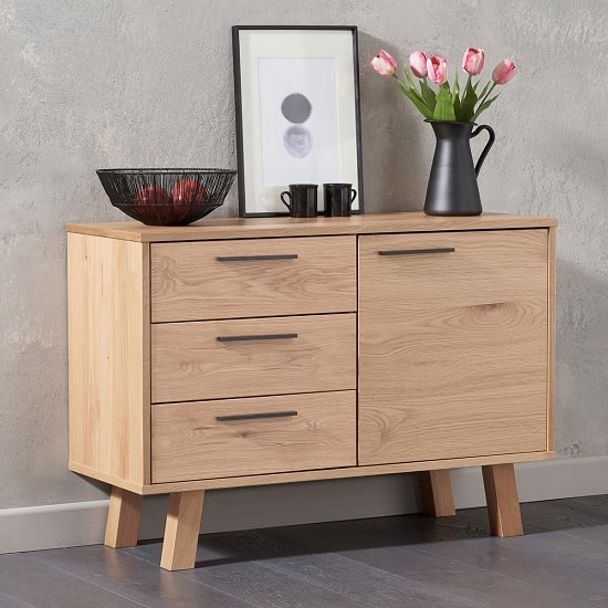 Stinson Wooden Sideboard In Oak With 1 Door And 3 Drawers