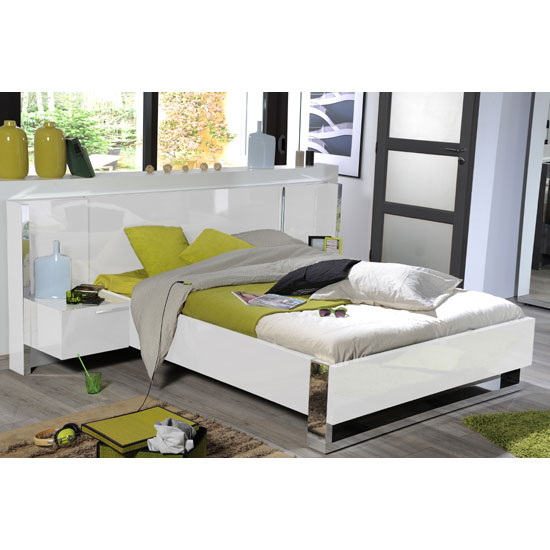 sinatra contemporary white high gloss finish king size bed. Black Bedroom Furniture Sets. Home Design Ideas