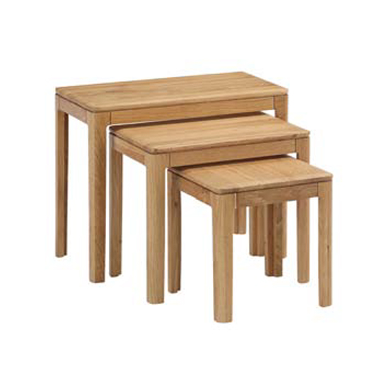 Trimble Set Of 3 Nesting Tables In Oak