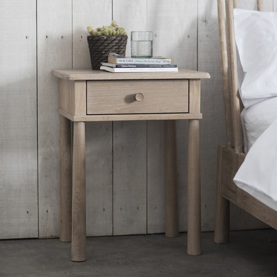 Wycombe Bedside Cabinet In Oak With 1 Drawer_1