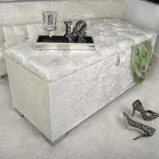 Baxey Crystal Ottoman Small In Crushed Pearl Velvet