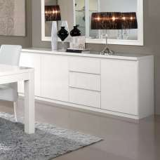 Regal Sideboard In White With High Gloss Lacquer And 3 Doors