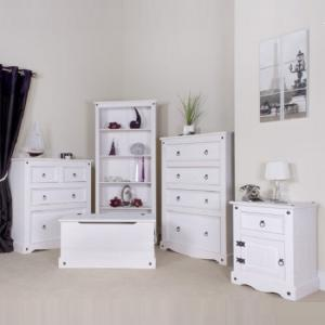 Coroner Blanket Box In White Washed With Storage_4