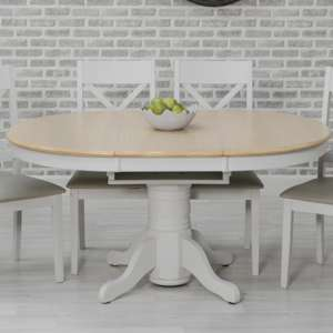 Ohyeap Extending Round Wooden Dining Table In Oak Veneer