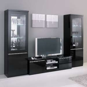 Regal Living Set In Black And Gloss Lacquer Crystal Details LED