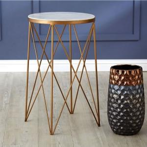 Willow Round Side Table In Marble Top With Gold Frame