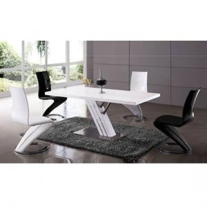 Zoro Gloss Dining Table With Chrome Base And 4 Z Chair